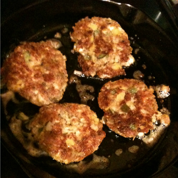 Momma Can Cook - Salmon Cakes browning nicely.