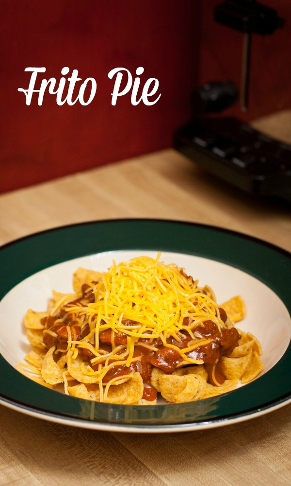 Easy Dinner Ideas with Wolf Brand Chili - Frito Pie